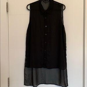 Sleeveless high low shirt